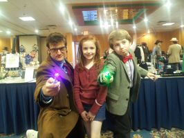 Doctor Who Cosplay: Ten with Tiny Eleven and Amy by KnoppGraphics