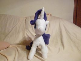 Rarity plush by Fluttershy103