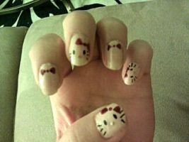 Hello Kitty nails by SugiAi