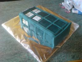 TARDIS cake by bloodypinata