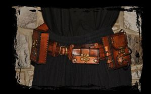 Utility Hip Belt by Lagueuse