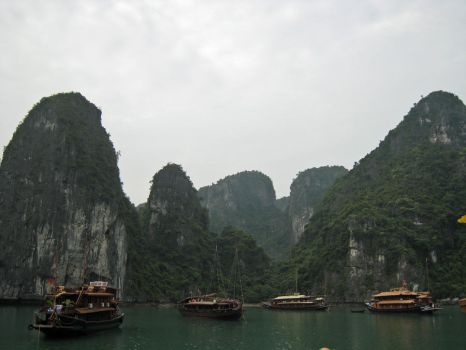 Halong Bay 3 by DrWyvern