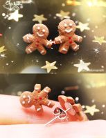 Mini Gingerbread Men - Earring by Jeyam-PClay