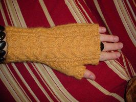 Baby Alpaca Wristwarmers by Killerbunyrabbit