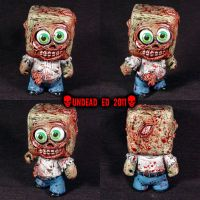 Zombie Dunny Square head Figur by Undead-Art