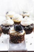 129 - Petits Cupcakes by RoselineLphoto