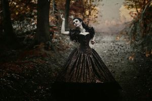 Darkly Everafter by la-esmeralda