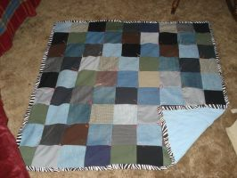 Quilt I made by Theponypatchkid
