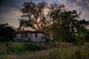 old cottage by fokalexandris