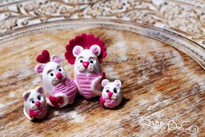Love Lions by AlulaDreamCreations