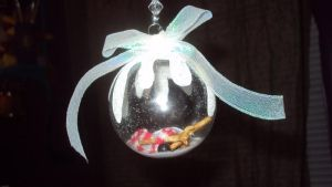 Melted Snowman Ornament by MacabreWeb