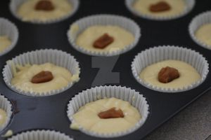 Columbine Cupcakes - before cooking by mintymintymid