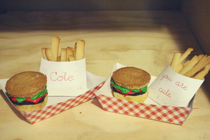 burger cakes by duhitsmia