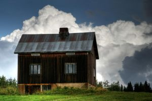 21.8.2014: House with Clouds by Suensyan