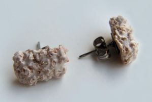 Rice Crispy Treat Earrings by yobanda