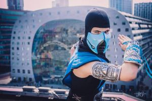 InuNeko Cosplay - Sub-Zero at Level Up 2015 by InuNekoCosplay
