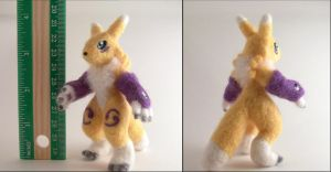 Needle felted Renamon by SnowFox102