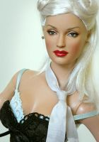 Doll repainted as Gwen Stefani by noeling