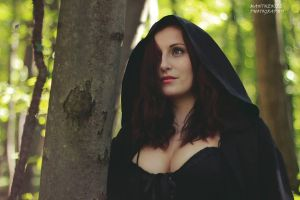 Forest witch by LucreciaMortishia