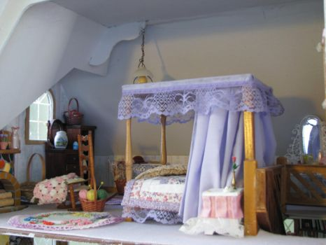 English Country House Bedroom by duskofinnocence
