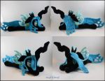Chrysalis Plush by SailorMiniMuffin