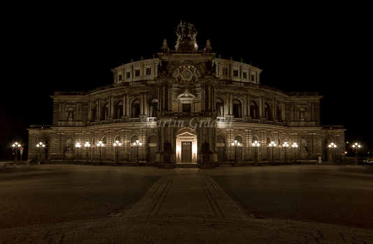Semperoper by real-creative