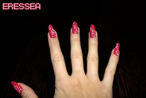 Pink nails with white dots by eresseayesta