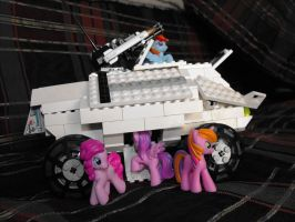Lego Pony IFV, side by TheCentipede