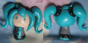 Hatsune Miku (Vocaloid) Chibi by SmilingMoonCreations