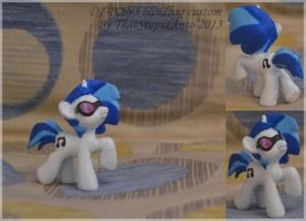 DJ-PON3 blind bag custom by Antych