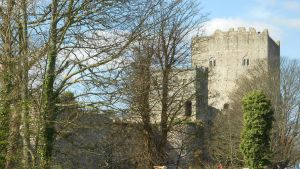 The castle in the trees by Kayleigh-Kaz