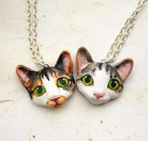 Custom Cat necklaces by FlowerLandBySaraMax