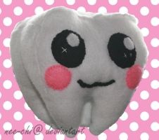 Tooth plushie by nee-chi