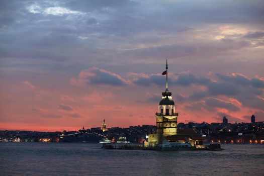 Maiden's Tower by mlhplt