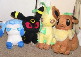 My eeveeloutions (with a eevee) by cyngawolf