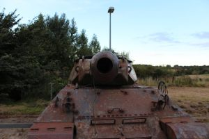 The mouth of a Old M10 Achilles Mk IIC by Liam2010