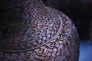 Chinese vase by Cathhhhz