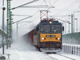 V63 009 with a freight train in Barosstelep by morpheus880223