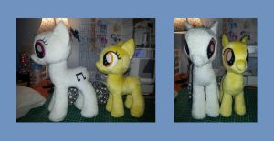 mare and filly size comparison by SwiftStitchCreations