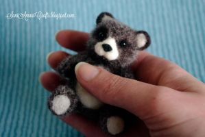Needle felted brown teddy by SaniAmaniCrafts