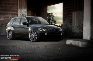 BMW X5 by mitsukodesign