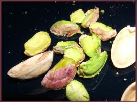 Pistachios by mirator