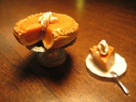 Miniature Pumpkin Pie by AlliesMinis