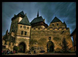 castle in HDR by grafzero