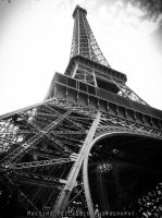 La Tour Eiffel by HornetInstinct