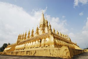 Laos - The greate stupa by sevenths