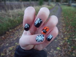 Halloween's Coming - Nail Art by CaitlinDickson