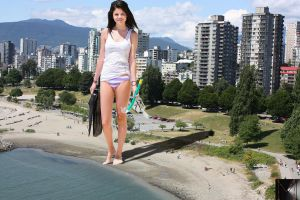 giantess Selena by marcrtr