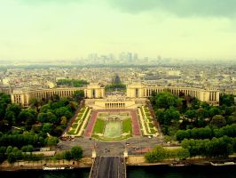 View from Eiffle Tower by nanusek