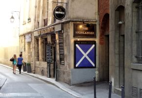 The Highlander in Paris by EUtouring
